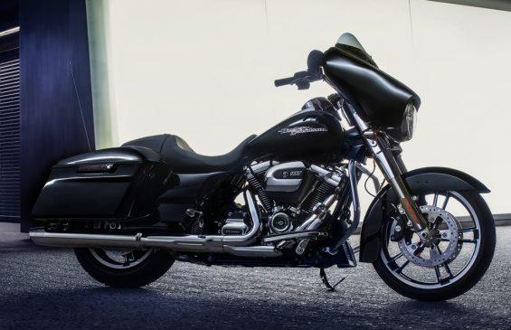 Harley-Davidson Milwaukee Eight | Throttle Life!